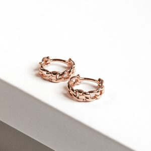Chain Huggie Hoop Earrings In Rose Gold