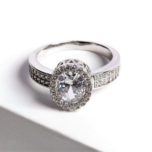 Luxury Silver Cubic Zirconia Crystal Ring