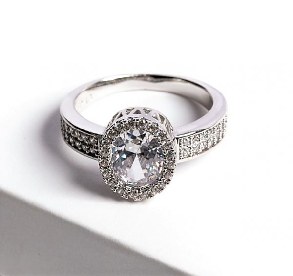 Callel Luxury Silver Cubic Zirconia Crystal Ring