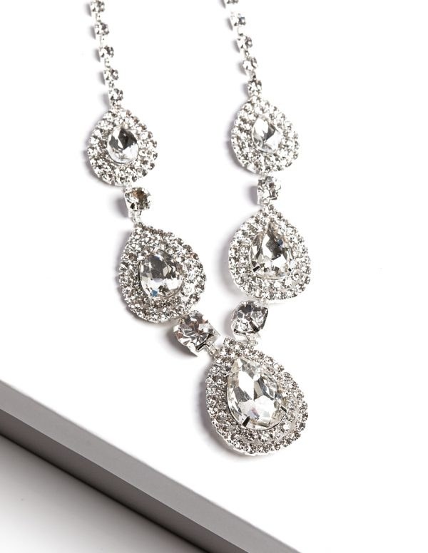 Callel Clear Crystal Earrings & Necklace Jewellery Set