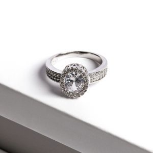 Luxury Silver Cubic Zirconia Crystal Ring