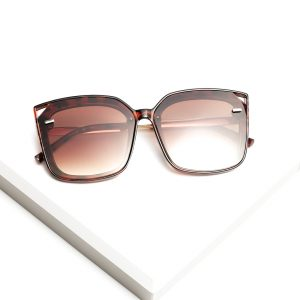 Callel Cat Eye Leopard Print Sunglasses