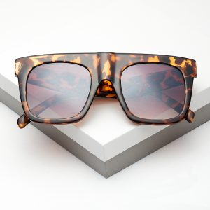 Flat Top Square Frame Leopard Print Sunglasses