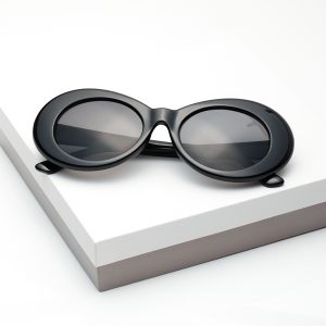 Retro Black Goggles Round Oval Sunglasses