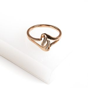 18K Gold Cubic Zirconia Ring