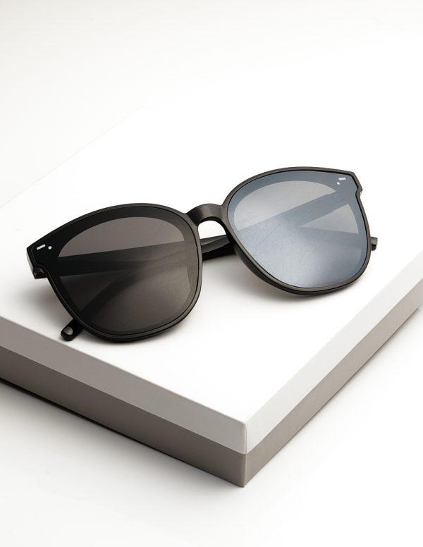 Callel Black Glam Shape Sunglasses