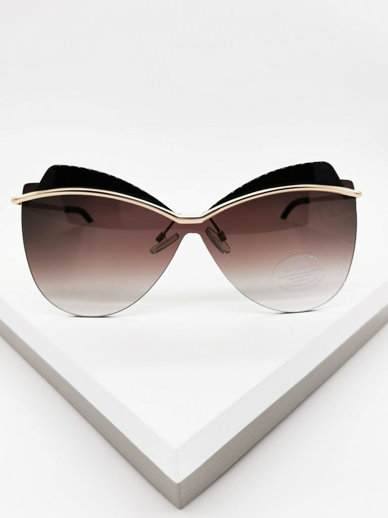 Callel Oversize Celebrity Sunglasses