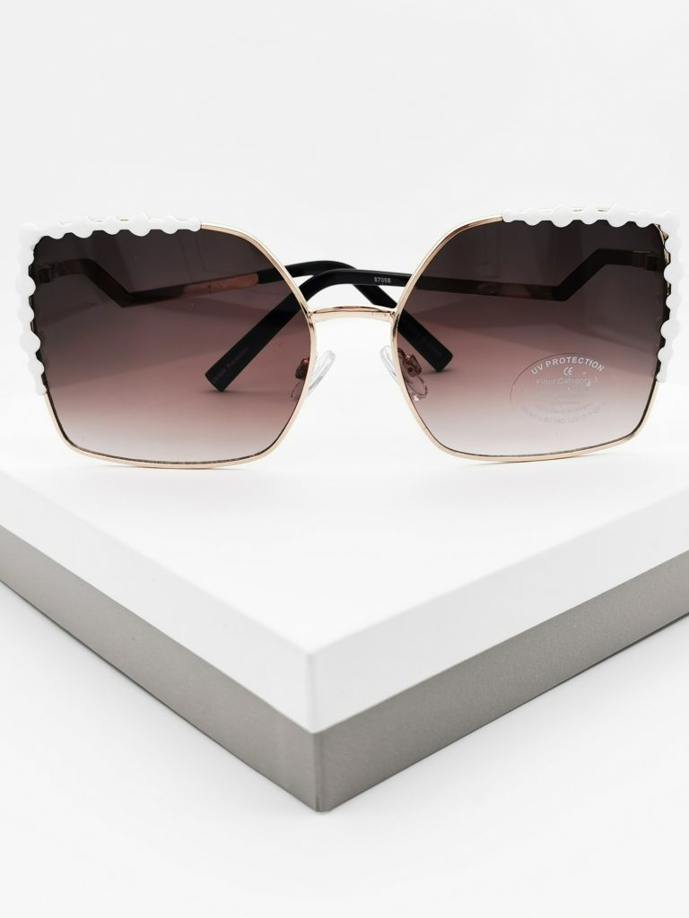 Callel Zig Zag Square Frame Sunglasses