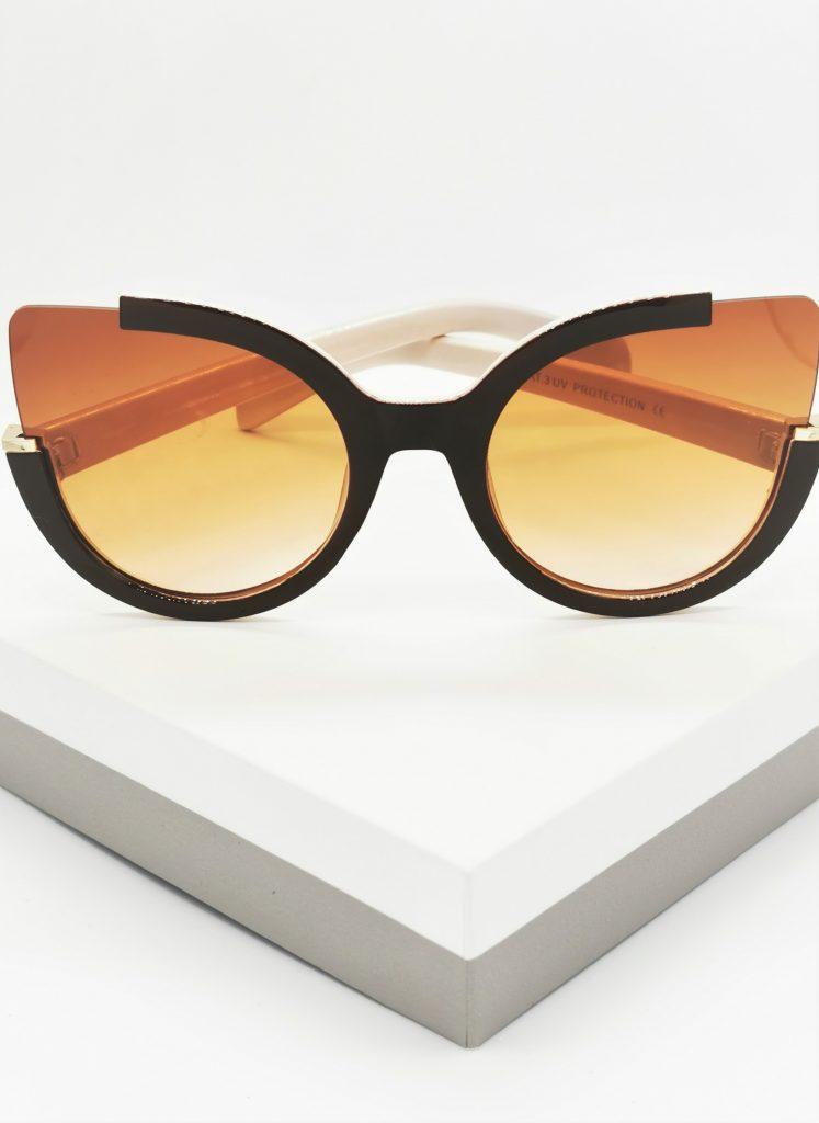 Callel Brown & Beige Oversized Sunglasses