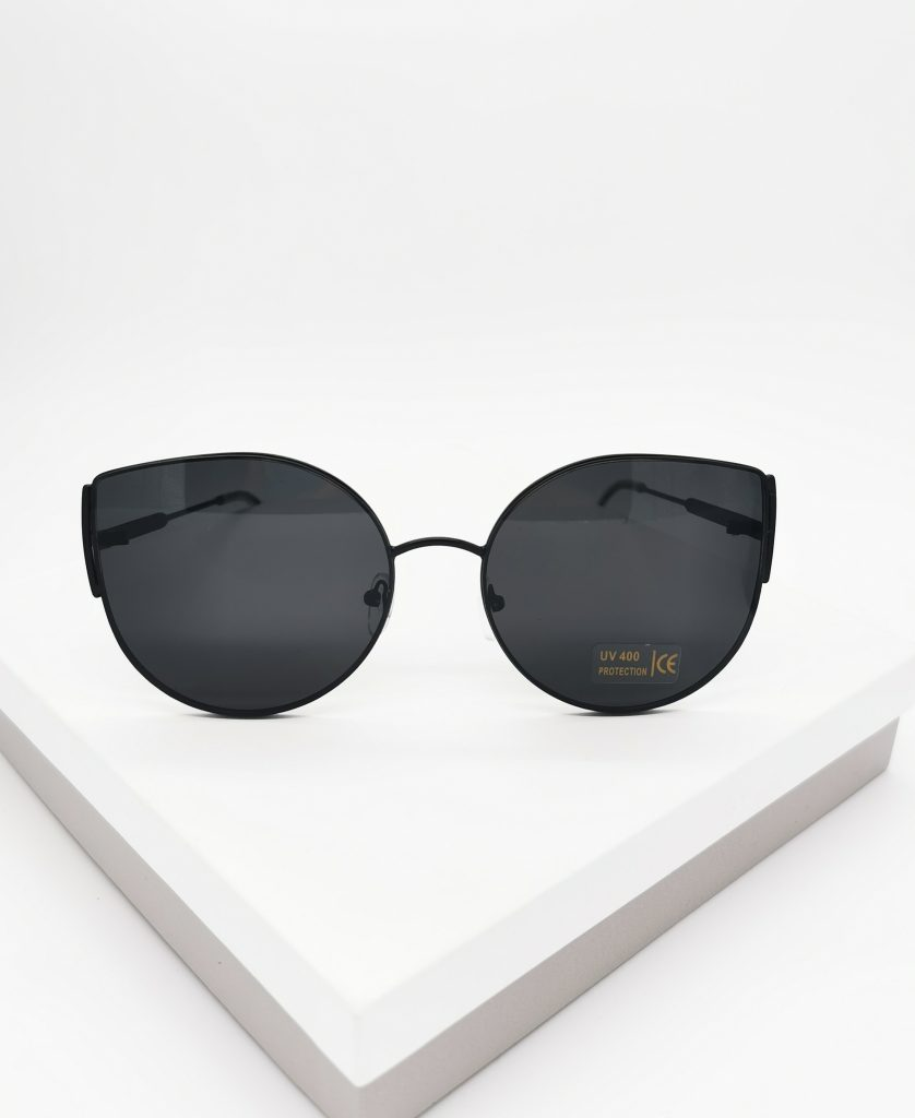 Callel Black Metal Cat Eye Sunglasses