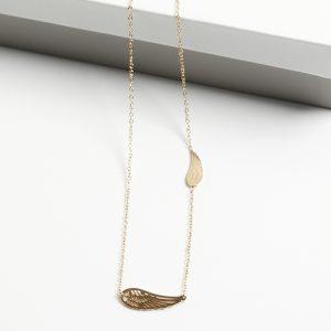 14K Gold Angel Wing Celebrity Necklace