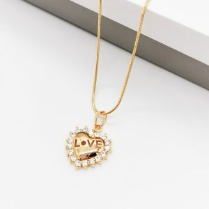 18K Gold Love Heart Pendant Necklace