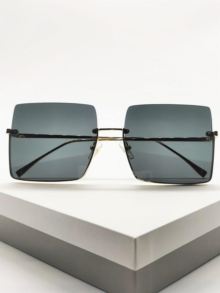 Callel Square Oversized Sunglasses